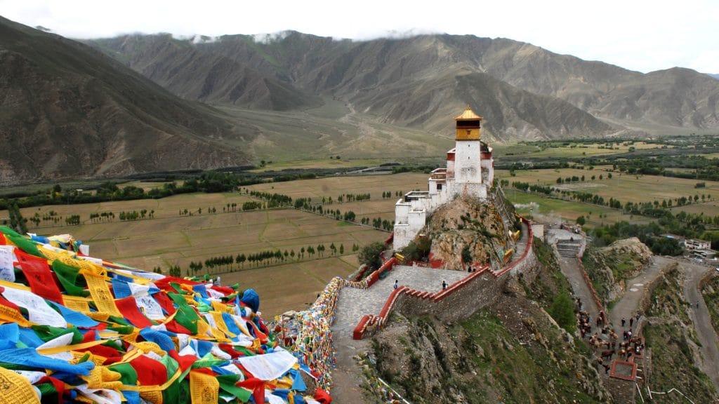 Illustration •Tradition : les funérailles célestes au Tibet