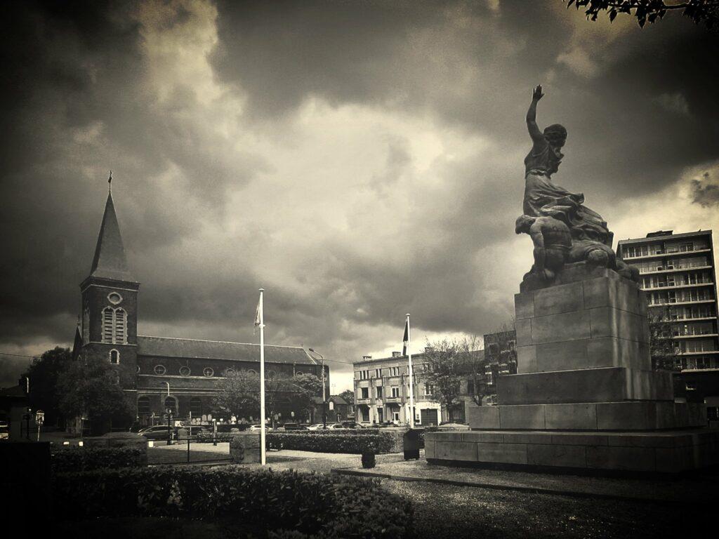 Illustration •Les monuments aux morts de la Première Guerre Mondiale