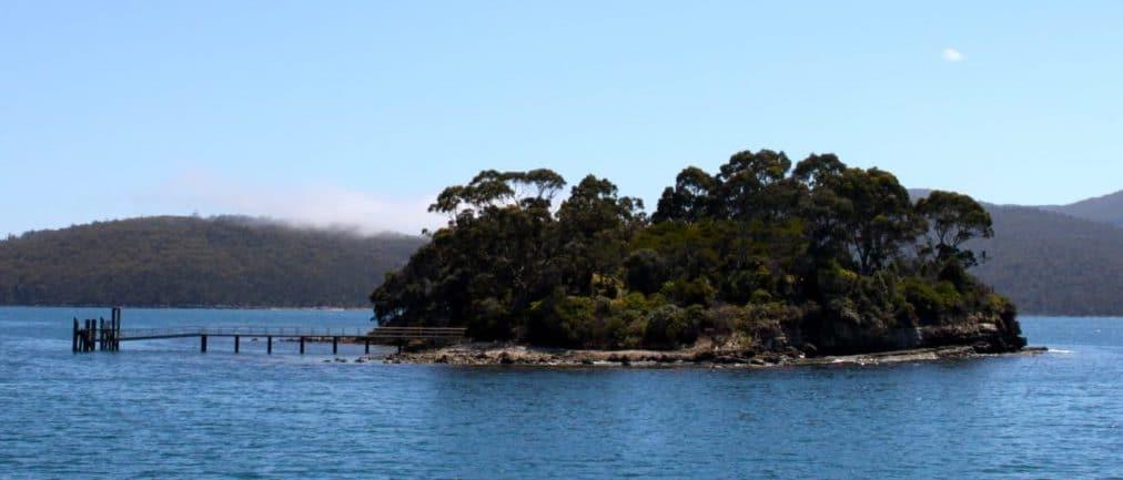 Illustration •L'île des Morts en Tasmanie : histoire et significations