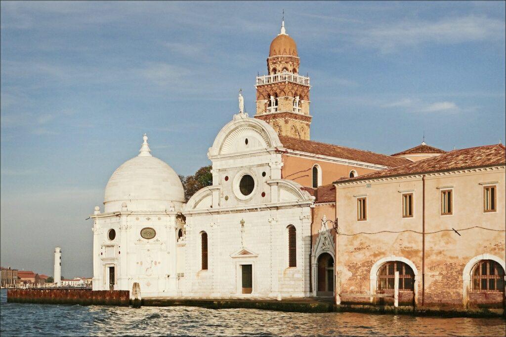 Illustration •Le cimetière de San Michele à Venise