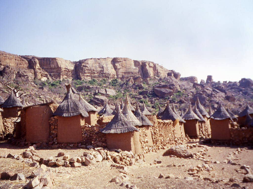 Illustration •Les rites funéraires chez les Dogons, au Mali