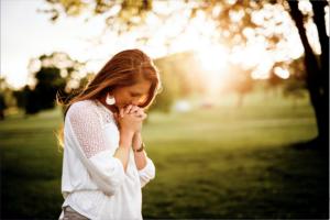 Jeune fille en deuil
