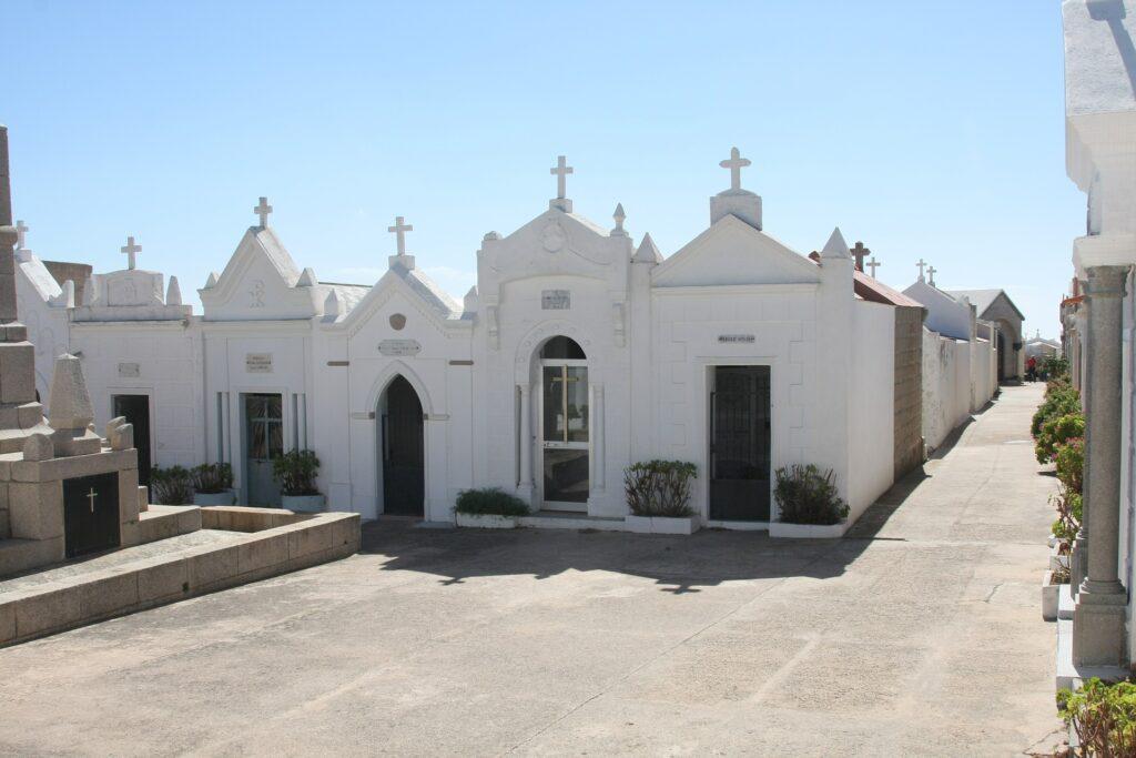 Le cimetière marin de Bonifacio, en Corse