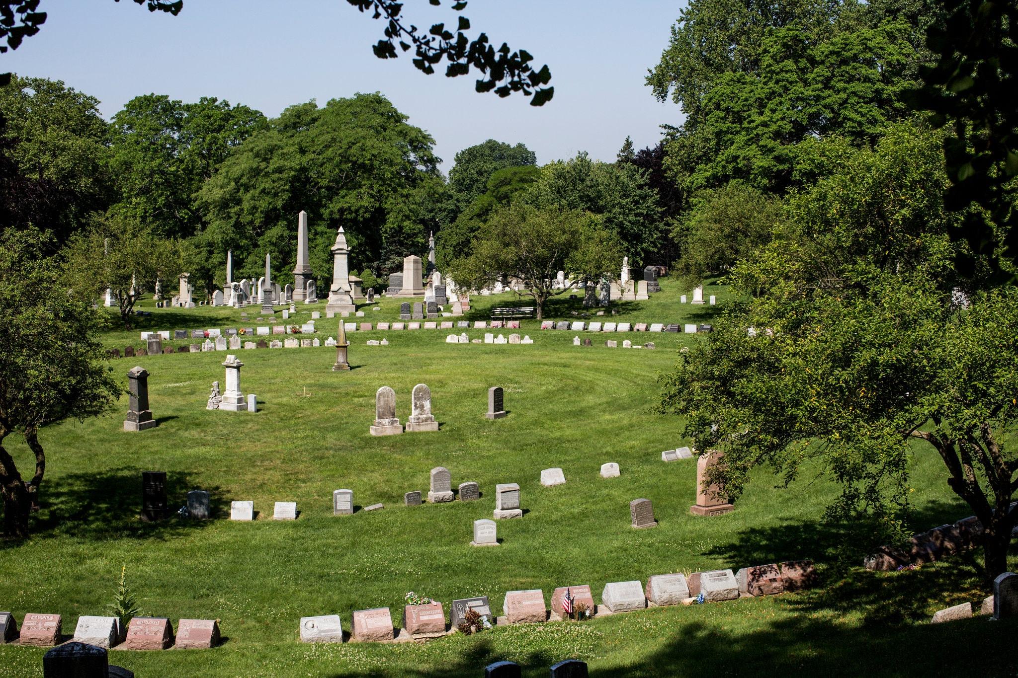 Les monuments funéraires de Green-Wood Cemetery